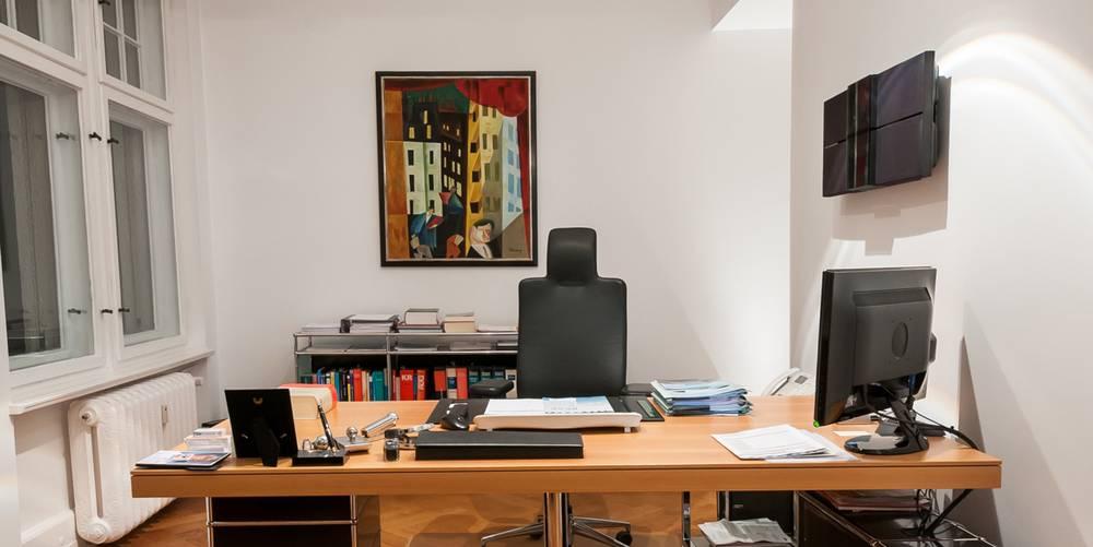 gesch ftsf hrer. Black Bedroom Furniture Sets. Home Design Ideas